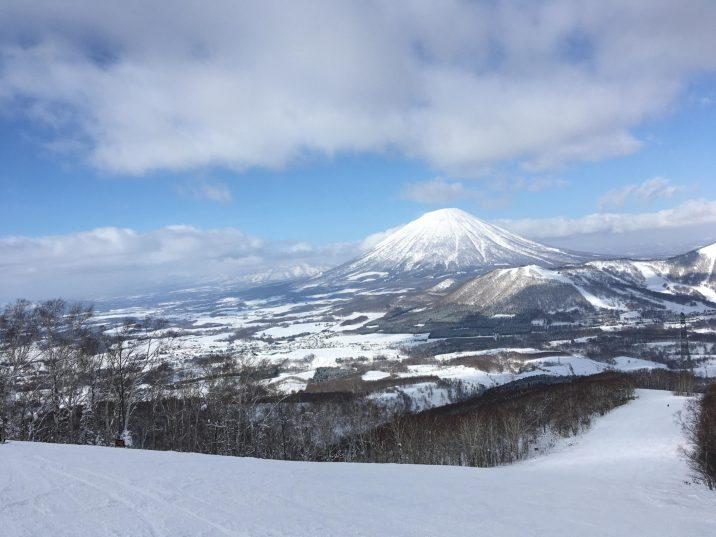 Charlits Rusutsu Mount Yotei