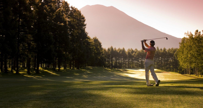 4 01 Golf 1 Hn